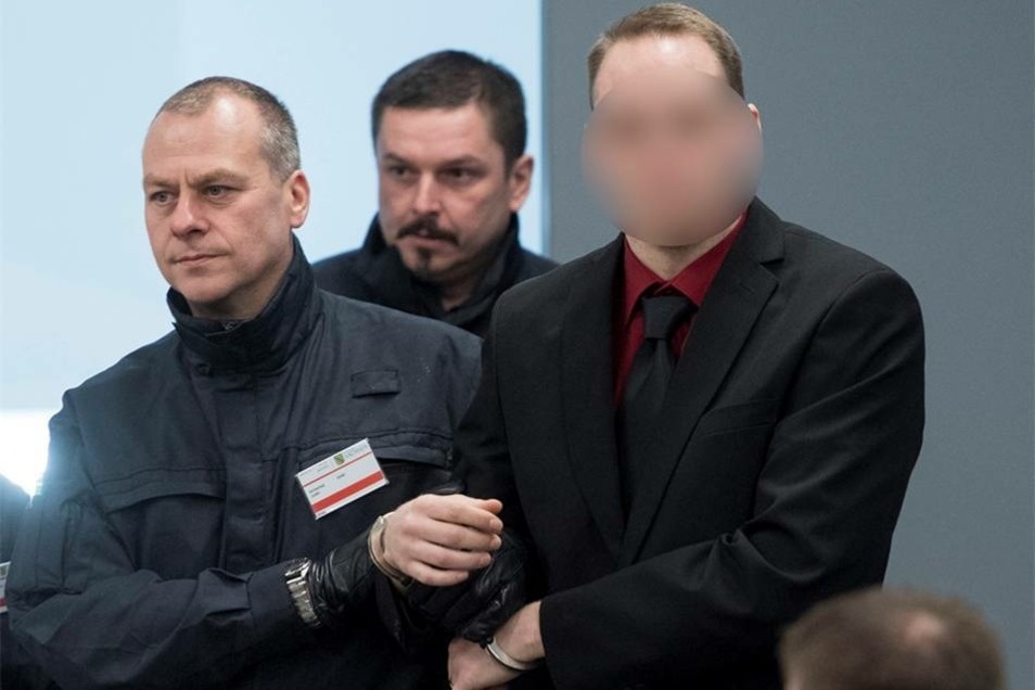 Timo S., 28 Jahre alt, Busfahrer, mutmaßlicher RädelsführerPaul Sander