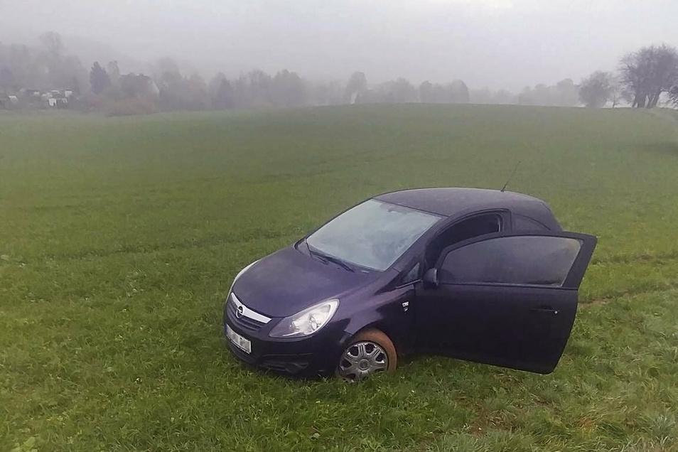 Der Opel Corsa wurde damals auf einem Feld wiedergefunden.