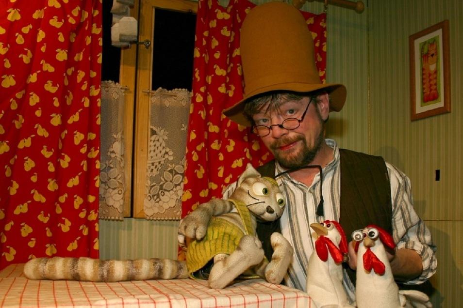 Sonntag ist Kindertag - im Augusto Sommergarten steht Pettersson persönlich auf der Bühne, auf dem Trödelmarkt am Haus der Presse gibt´s diesmal speziell Spielzeug und Kinderbekleidung.