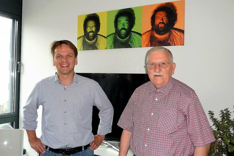 Impreuna-Schatzmeister Sebastian Vogel (l.), SPD-Koordinator Klaus Fiedler: Die Weihnachtszeit für die Roma-Kinder wird nicht ausfallen.