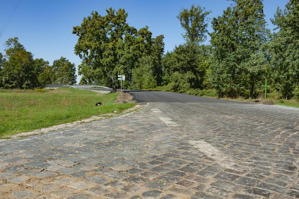 Die Bauarbeiten auf der Kreisstraße zwischen Bauda und Walda sind noch nicht beendet.