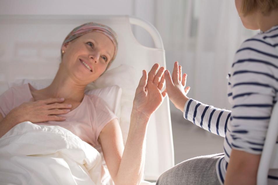 Die Stammzellbehandlung erfolgt in Sachsen an drei großen Zentren – den Unikliniken Dresden und Leipzig sowie am Klinikum Chemnitz.