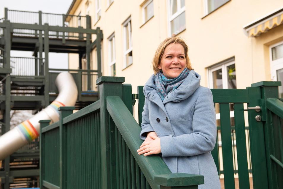 Kristina Quoos ist Sozialpädagogin und seit zwei Jahren Leiterin des Kinderhauses Regenbogen am Bobersberg.