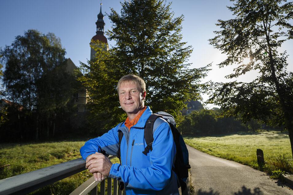 Matthias Buchwald 2016 in seinem Element: Beim Wandern in Kunnersdorf.