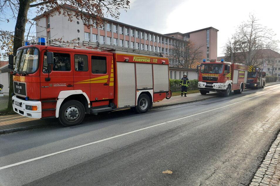 Schon fünfmal musste die Feuerwehr in Bischofswerda in den letzten Wochen auf die Kirchstraße ausrücken - und zog jedes Mal ohne zu löschen wieder ab.