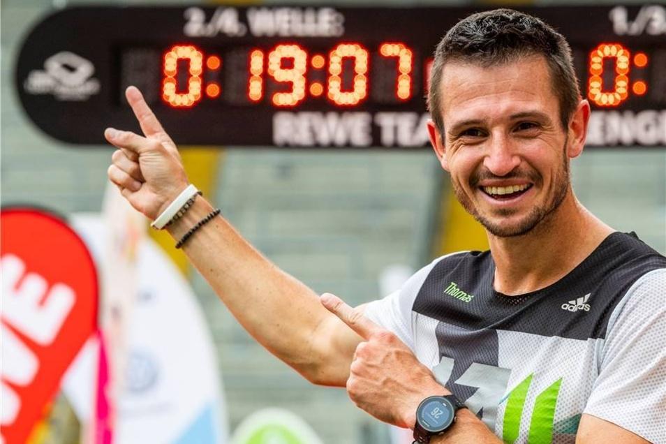 Glücklich im Zieleinlauf: Rückwärtsläufer Thomas Dold schaffte den Weltrekord.