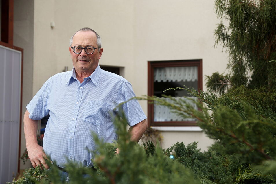 Joachim Wittenbecher führt die AfD-Fraktion im Riesaer Stadtrat an. Nun sorgte er im Gremium für einen Eklat - weil er die Sitzung verließ.