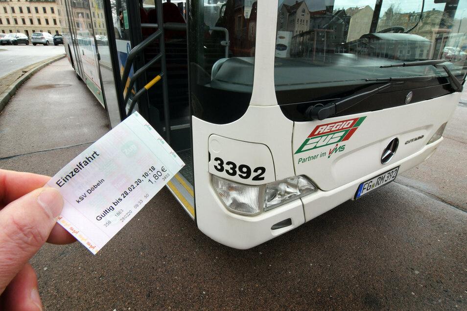 Je mehr Tarifzonen ein Fahrgast im VMS auf seiner Fahrt passiert, umso höher ist der Preis für das Ticket.