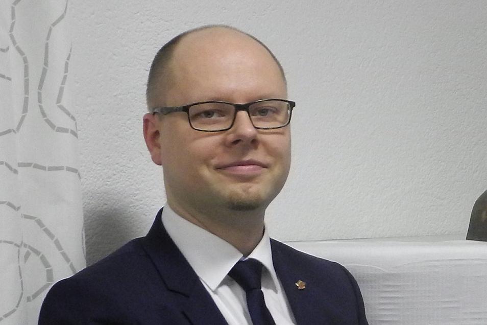 Dawid Statnik wurde mit 96 Prozent der Stimmen als Vorsitzender des Dachverbands der Lausitzer Sorben wiedergewählt.