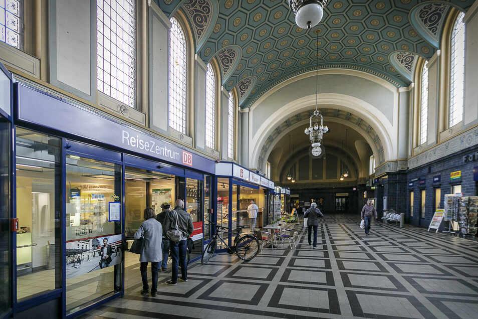 Der Vorfall spielte sich in der Görlitzer Bahnhofshalle ab.
