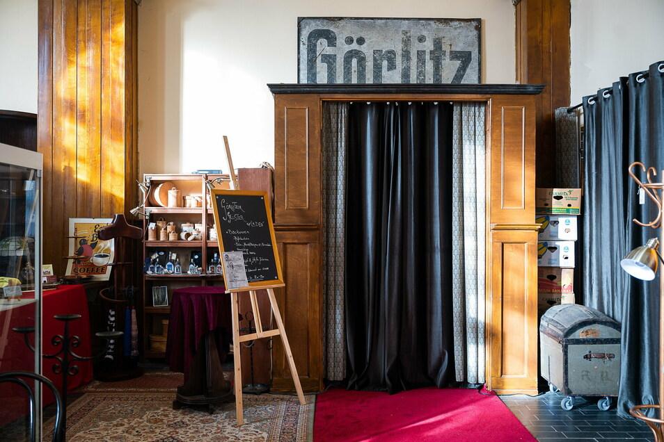 """Im KulTourPunkt im Bahnhof Görlitz finden unter anderem die Jakob-Böhme-Lesereise und das Kulturmagazin """"Viadukte"""" statt."""