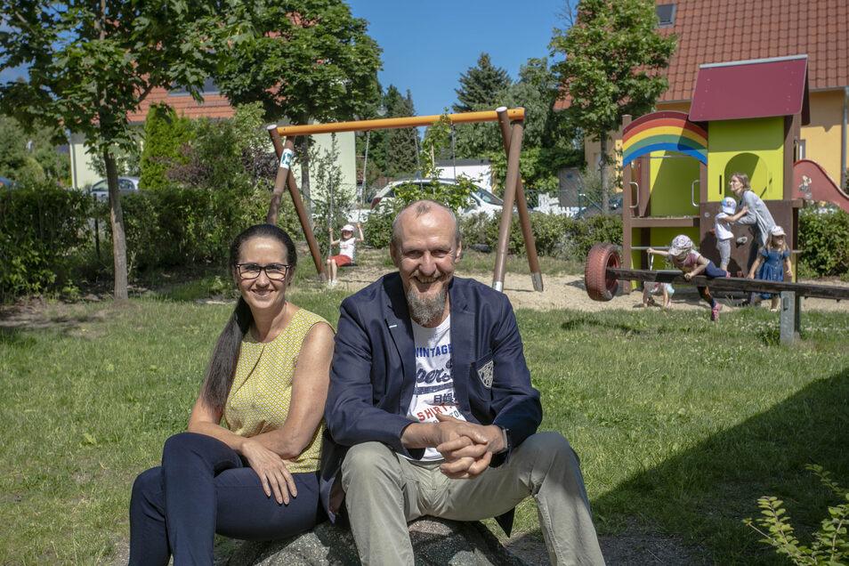 Die Kindergarten-Leitung des freien Kitas Regenbogen: Kathrin Dienst und Ulrich Poller.