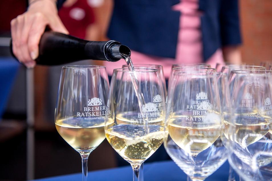 Wein soll am Sonnabend in Roßwein reichlich fließen. Die Gäste müssen aber die sogenannte 3-G-Regel beachten.