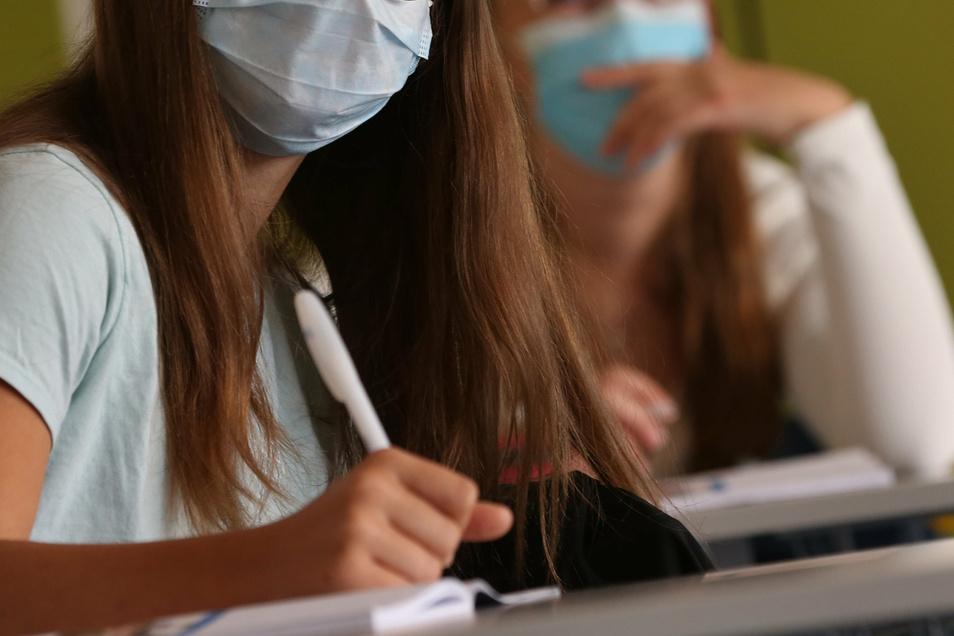 Zigtausende Schüler in Deutschland waren zuletzt corona-bedingt nicht in den Klassenzimmern.