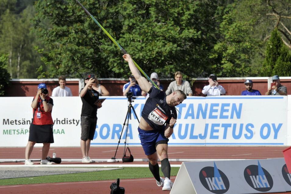 Johannes Vetter hat beim Leichtathletik-Meeting im finnischen Kuortane erneut die 90-Meter-Marke übertroffen.