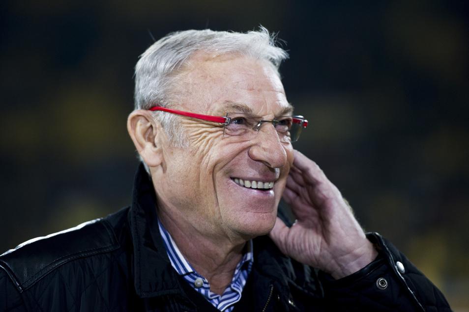 Eduard Geyer verfolgt den Fußball als kritischer Beobachter. Auch in der Corona-Krise hat der einstige Erfolgstrainer von Dynamo Dresden und Energie Cottbus eine klare Meinung.