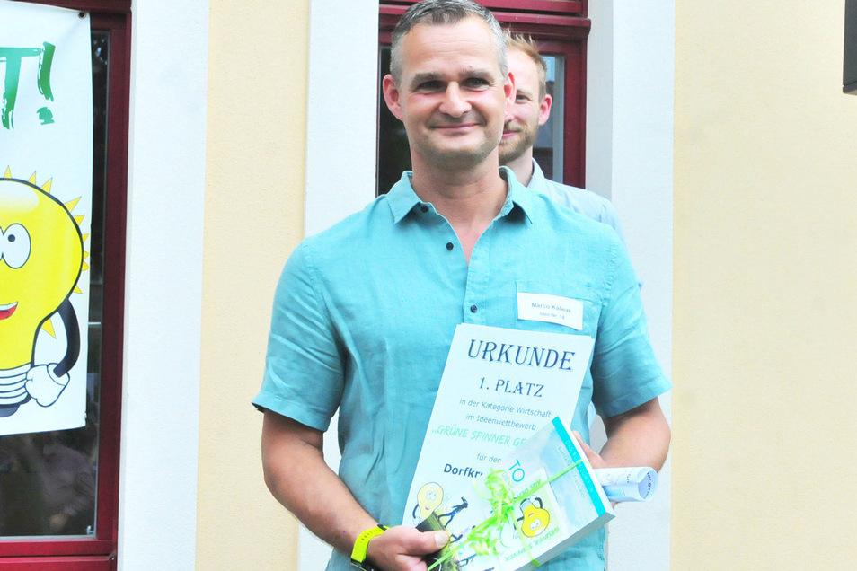 Marco Kalwak vom Dorfkrug Roda wurde Sieger in der Kategorie Wirtschaft für die Idee der Vertikalen Gärten.