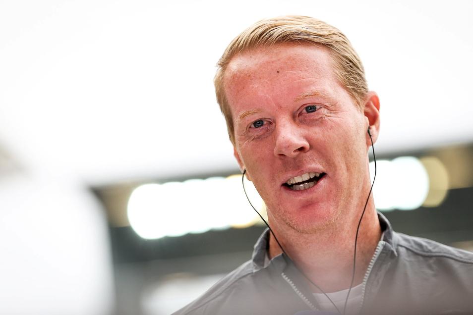 St. Paulis Trainer Timo Schultz äußerte sich vor dem Spiel auch zu Dynamo Dresden und Christoph Daferner.