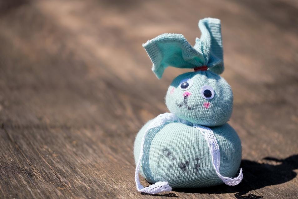 Das Osterfest bietet viele Möglichkeiten, zu basteln und zu backen.