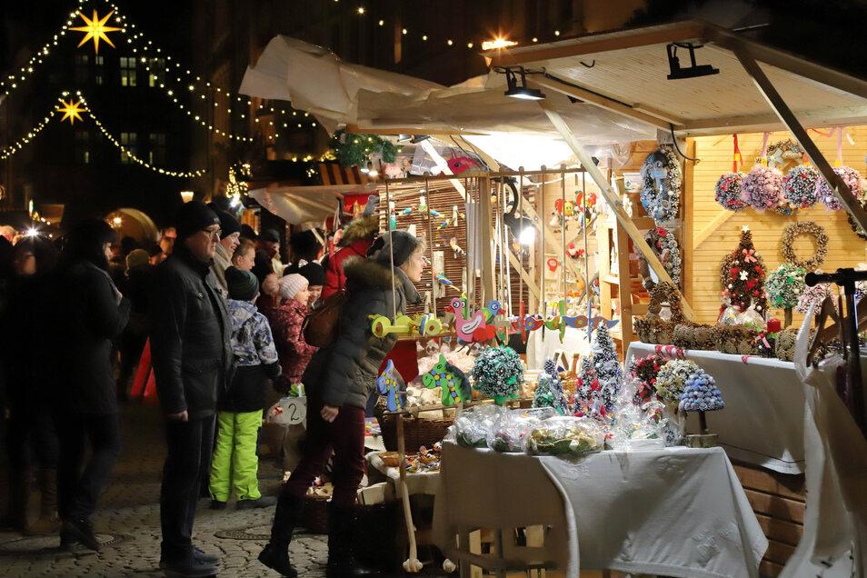 Der Christkindelmarkt in der Görlitzer Altstadt ist beliebt. Zusätzlich soll Görlitz noch einen zweiten Weihnachtsmarkt am Postplatz erhalten.