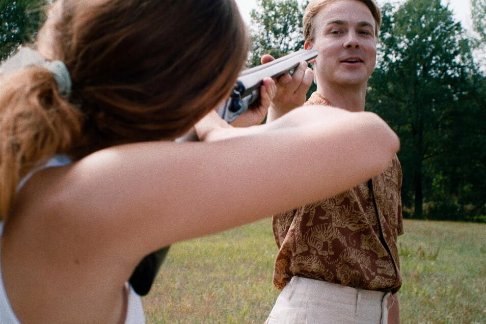 ... und sich mit dem besten Freund von Fabian im Tontauben-Schießen üben.
