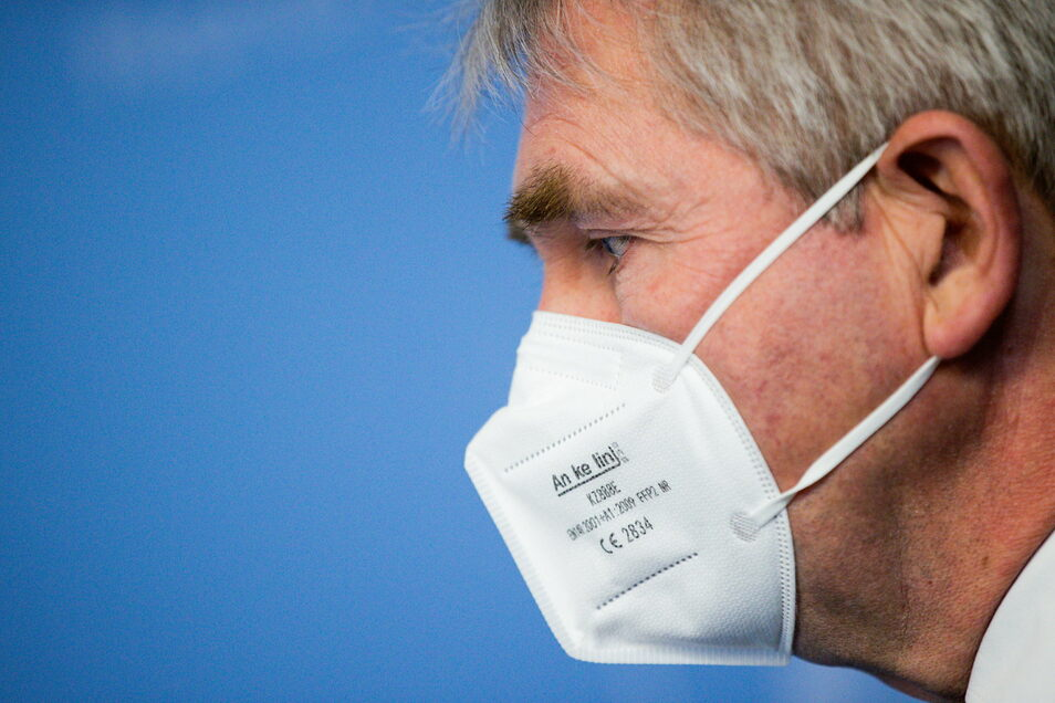 Man achte auf das Kleingedruckte: Die Norm EN 149:2001 weist darauf hin, dass es sich um eine zertifizierte FFP2-Maske handelt.