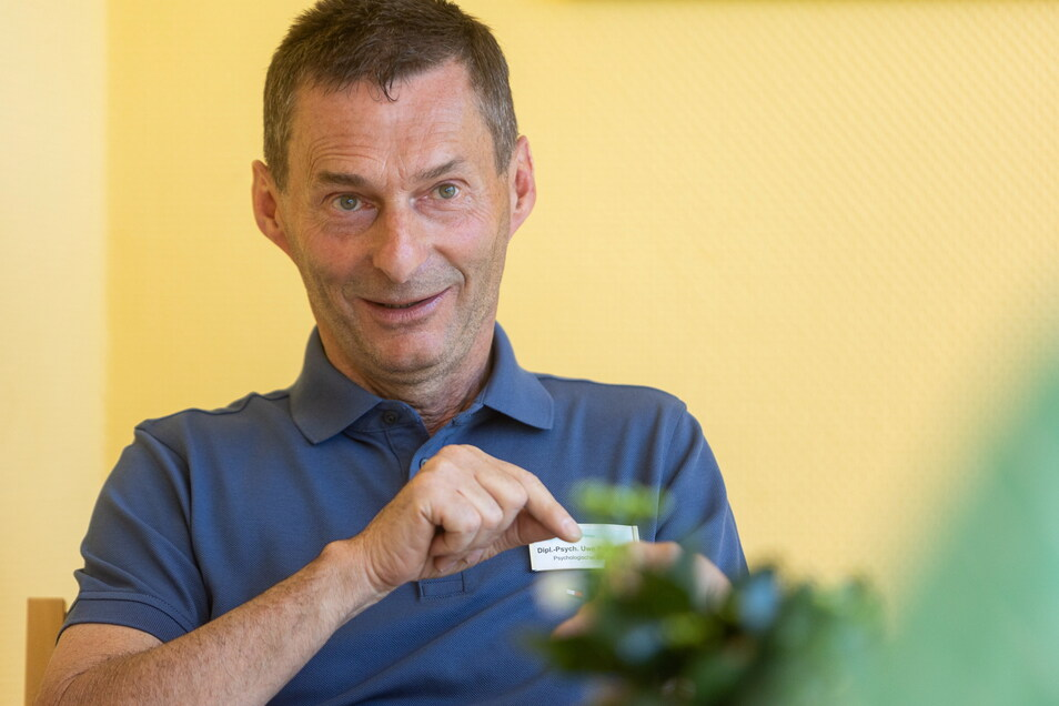 Uwe Poprawa ist Psychologe an den Helios Weißeritztal-Kliniken, wo er Adipositas-Patienten behandelt.