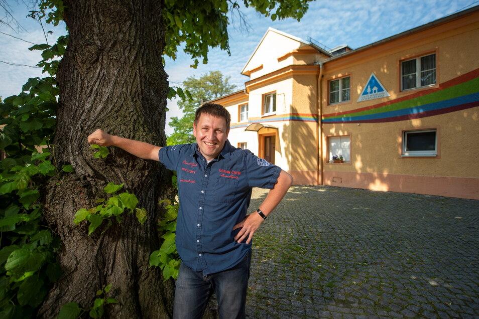 Sieben Monate lang musste Lars Kirsten die Jugendherberge an der Weintraubenstraße schließen. Nun konnte er bereits die ersten Gäste begrüßen, und die Nachfrage nach einem Übernachtungsplatz ist in den nächsten Monaten groß.