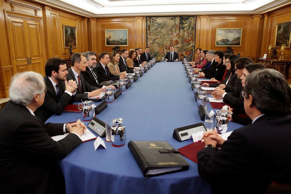 Die spanischen Regierung hat die Einführung einer nationalen Digitalsteuer beschlossen, die hauptsächlich große Online-Unternehmen wie Google, Amazon oder Facebook treffen soll.