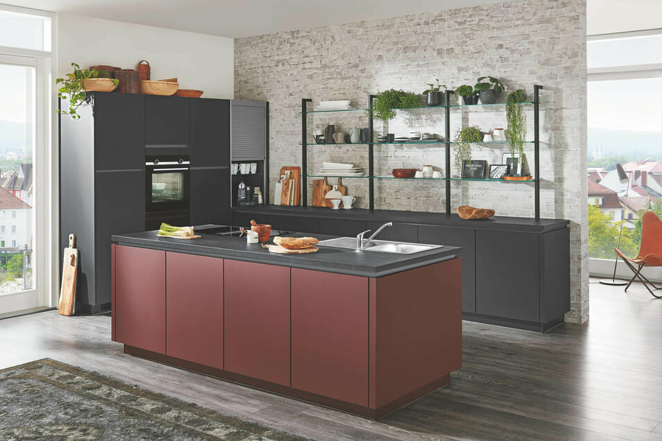 Mit Kücheninseln hat man auch beim Kochen den Überblick was noch alles in der Küche passiert!
