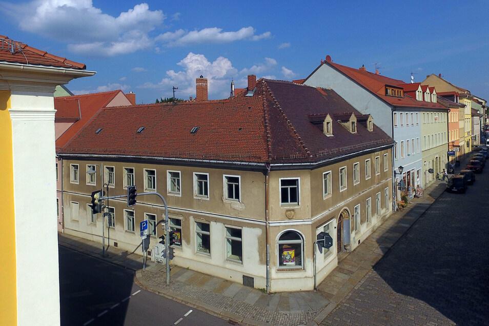Die alte Posthalterei in Kamenz steht schon lange leer. Doch jetzt gibt es einen neuen Besitzer, der es möglichst schnell sanieren will.