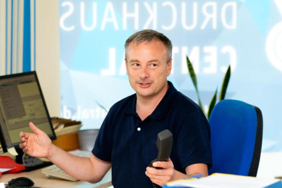 Acht Tage war das Druckhaus von Inhaber Carsten Puhlmann im Rammenauer Gewerbegebiet telefonisch von der Welt abgeschnitten.