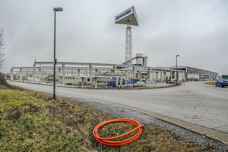Die Firma Hentschke Bau möchte ihr Firmenareal im Industriegebiet Nord in Bautzen erweitern - aber auch ein anderes Unternehmen hat Interesse an dem freien Grundstück.