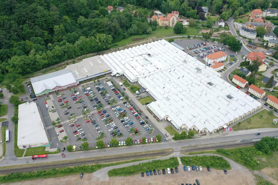 Der Parkplatz am Weißeritzpark bleibt während der Arbeiten an der Hainsberger Straße jederzeit erreichbar.