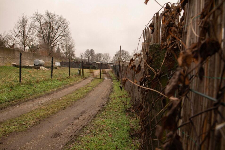 Ein neuer Geh- und Fahrradweg soll vom Bauhof/Am Friedhof bis zur Mülbitzer Straße geführt werden. Doch dafür wird Land gebraucht.
