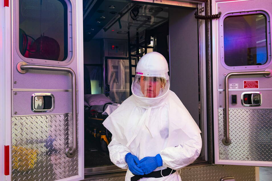 Seit Beginn der Corona-Pandemie sind in den USA mehr als eine Viertelmillion Menschen nach einer Infektion mit dem Virus gestorben.