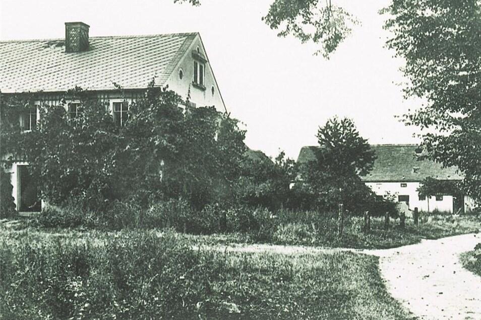 erstmals erwähnt 1447 als Quoßdorff/Quosdorf (Dorf eines Kaz), zuletzt 63 Einwohner, verlassen 1907 Quelle: Stadtarchiv Königsbrück