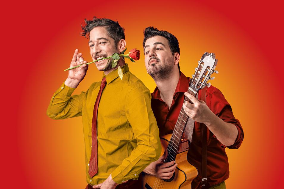 Die Musikcomedy von Enrique Keil möchte mithilfe einer Gitarre, zwei Spaniern, zehn Lektionen vor allem eines erreichen: Frauen zum Lachen zu bringen.