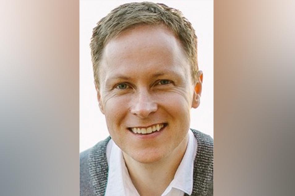 Attila Albert,48, ist Journalist, Kolumnist und Autor, zudem Betriebswirt, Webentwickler und Coach. Er lebt in Zürich.