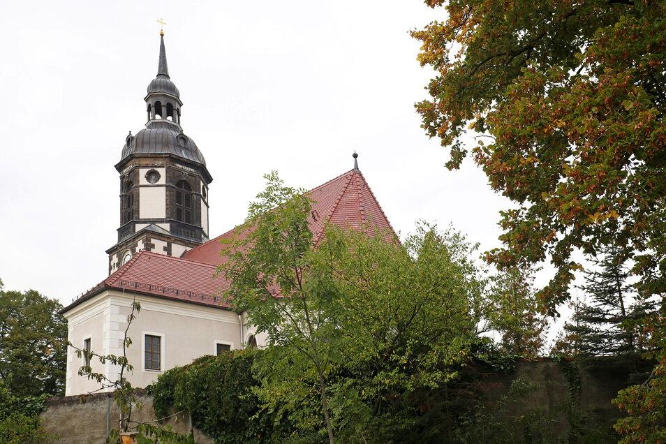 Der Stundenschlag der Bloßwitzer Kirche um 6 Uhr störte einen Anwohner. Er zog vor Gericht.