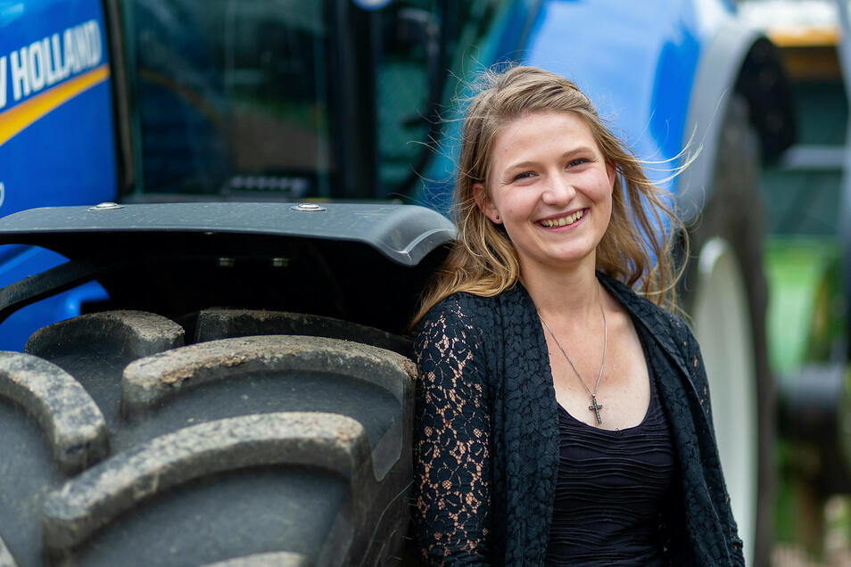 Jessica Kröhne ist die Jahrgangsbeste unter den Land- und Tierwirten, die in diesem Jahr ihre Ausbildung beendeten.