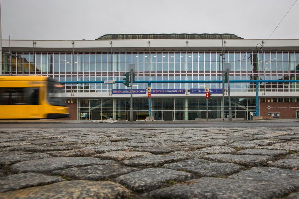 2017 wurde der Kulturpalast nach einem 100-Millionen-Euro-Umbau wiedereröffnet.