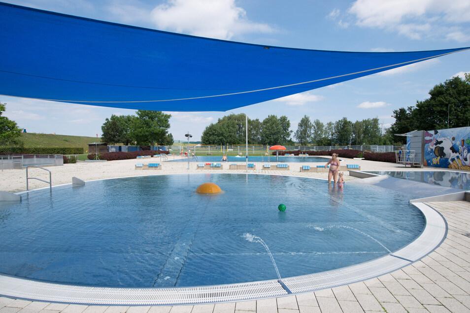Das Stauseebad Cossebaude gehört zu den beliebtesten in Dresden. Rund 80.000 Besucher zählte das Freibad im vergangenen Sommer.