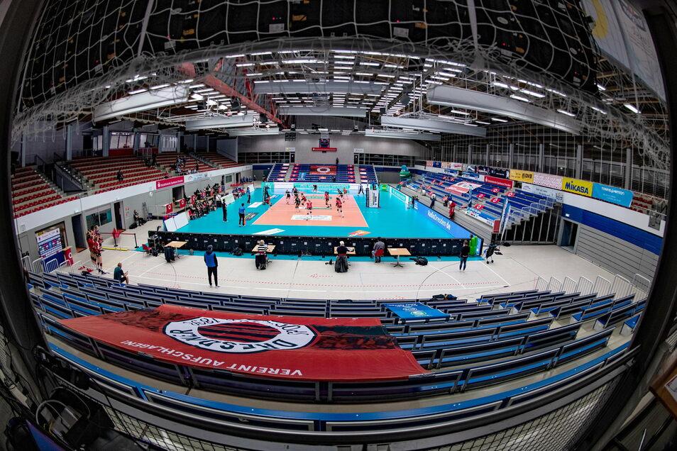 Leere Hallen, kaum Sportangebote. Der Sport in Dresden verliert während der Corona-Krise zunehmend Mitglieder.