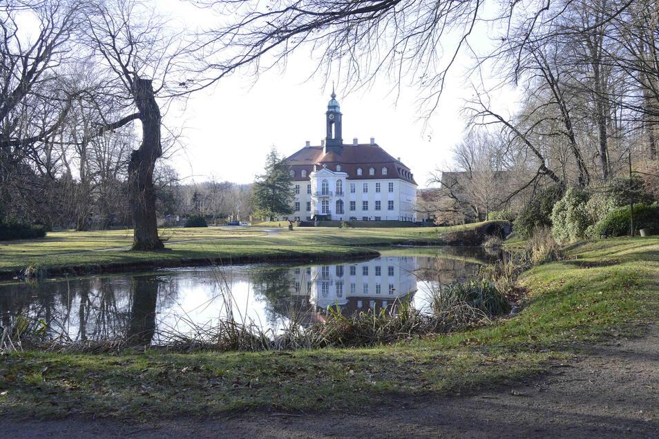 Im Festsaal des Schlosses Reinhardtsgrimma findet am Sonnabend ein Kammerkonzert statt..