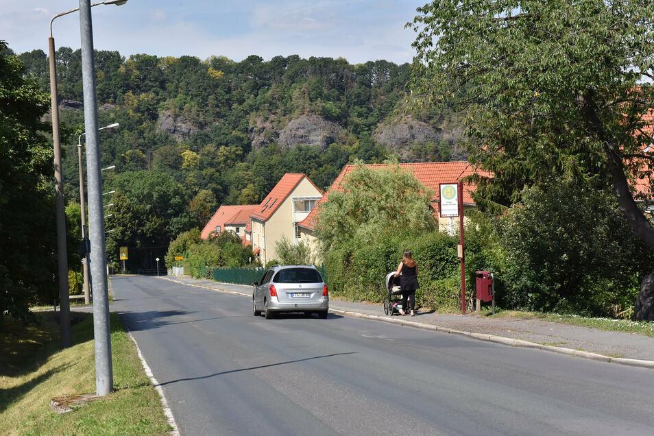 Die Rabenauer Straße in Freital wird wohl frühestens im kommenden Jahr saniert.
