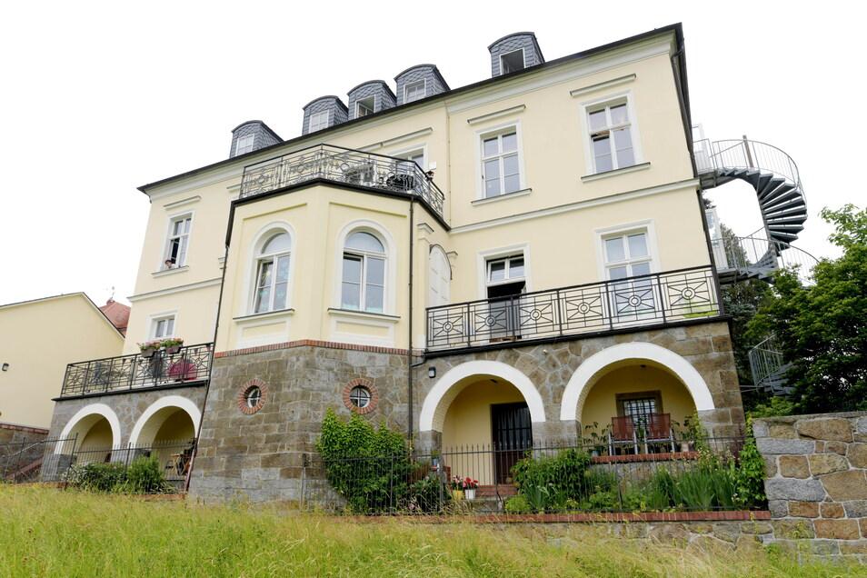 Noch logiert in der stattlichen Villa eines Senffabrikanten am Rande von Herrnhut ein Kindergarten. Doch es gibt nun andere Pläne.