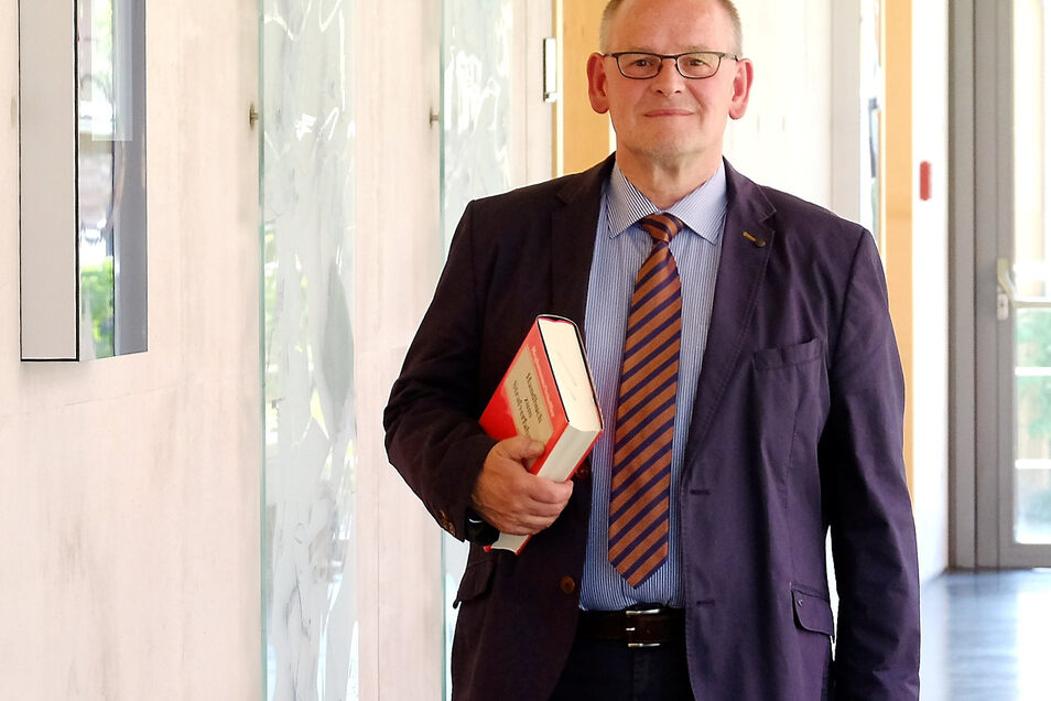 Michael Falk ist seit dem 15. März 2000 Direktor des Amtsgerichtes Meißen. Der 59-Jährige hat umfangreiche Coronaschutzmaßnahmen im Gericht durchgesetzt.