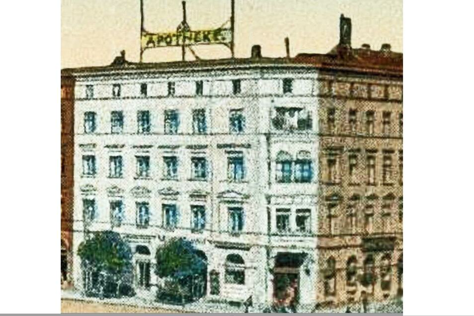 Die Humboldt-Apotheke dominiert die Ecke vom Demianiplatz zum Grünen Graben (hier um 1920