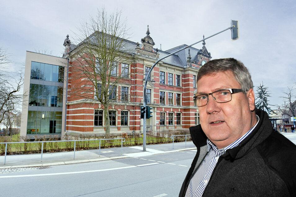 Stadtrat Thomas Kurze erklärt, warum seine Fraktion und die von Linken und AfD gegen den Parkschulanbau in Zittau sind.